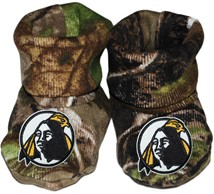 University of North Carolina at Pembroke Braves Realtree Camo Baby Bootie