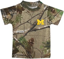"Michigan Wolverines Outlined Block ""M"" Realtree Camo Short Sleeve T-Shirt"
